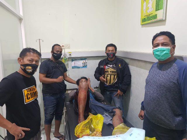 BERDARAH: Tersangka Abdul terbaring di RS Bhayangkara Lumajang.